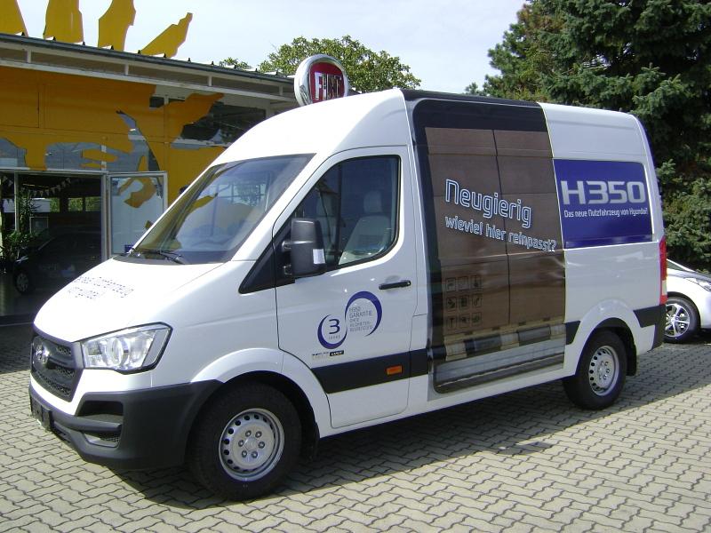 hyundai h350 lagerfahrzeuge neuwagen vorf hrwagen. Black Bedroom Furniture Sets. Home Design Ideas